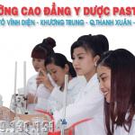 Sinh viên Trường cao đẳng Y Dược Pasteur thực hành