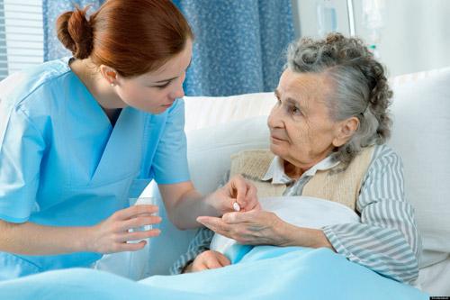 Tốt nghiệp Cao đẳng Điều dưỡng có thể làm những công việc gì?