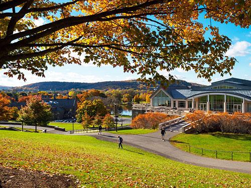 Trường đại học nổi danh cổ kính, đẹp nhất nước Mỹ