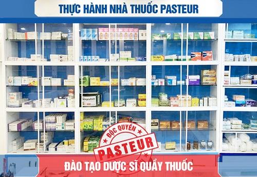 Thuc-hanh-nha-thuoc-pasteur-dao-tao-duoc-si-quay-thuoc