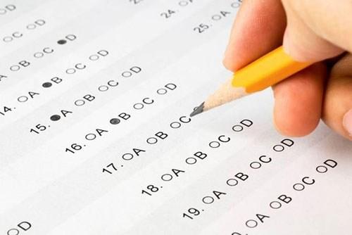 Tuyệt đối không tẩy xóa bài thi