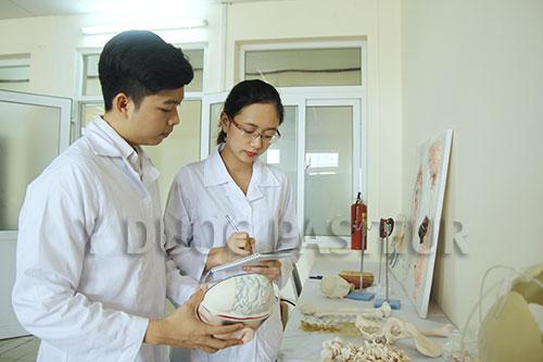 Đào tạo Văn bằng 2 Cao đẳng Điều dưỡng theo mô hình Bệnh viện – Trường học