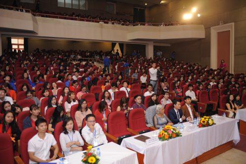 Toàn cảnh buổi lễ Kỷ niệm ngày Nhà giáo Việt Nam