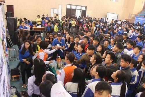 Ngày hội tuyển sinh dã thu hút hơn 3.500 học sinh và phụ huynh tham gia