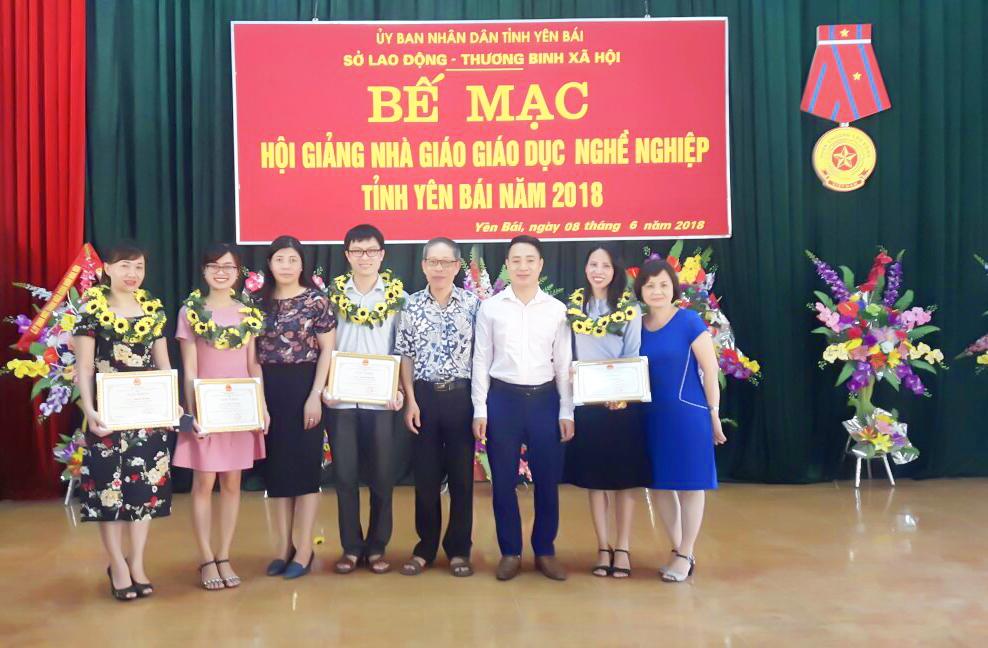 Hội giảng nhà giáo giáo dục nghề nghiệp có sự góp mặt của 7 cơ sở, trường dạy nghề trên toàn tỉnh
