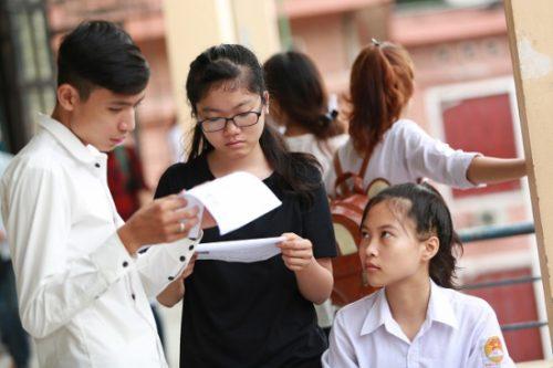 Thí sinh nên làm gì khi điểm thi THPT khá thấp?