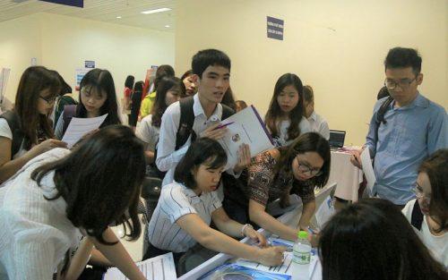 Nhiều trường trung cấp nghề, cao đẳng được khá nhiều thí sinh lựa chọn trong mùa tuyển sinh năm 2018