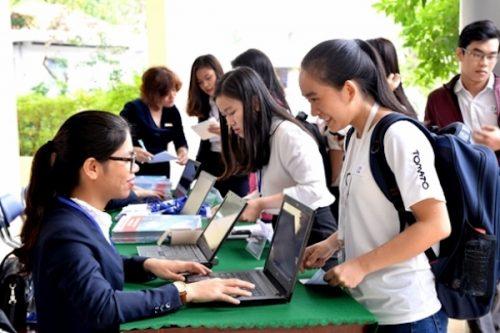 Nhiều trường quyết mở rộng thời gian tuyển sinh để đảm bảo đủ chỉ tiêu