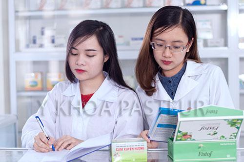 Tỷ lệ sinh viên ra trường có việc làm cao chứng mình sức hút của ngành Dược với xã hội