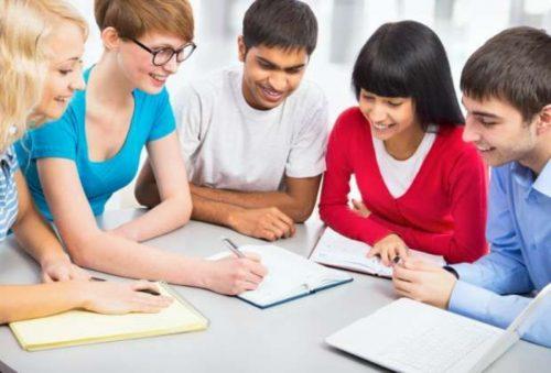 Sắp xếp học và ôn thi theo nhóm