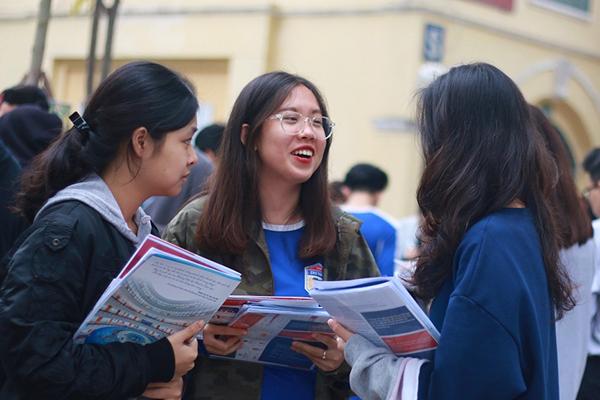 Sau khi biết điểm thi THPT Quốc gia 2019 thí sinh cần làm gì?
