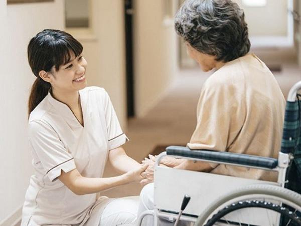 Điều dưỡng viên đi Nhật Bản làm việc cần đáp ứng điều kiện sức khỏe gì?
